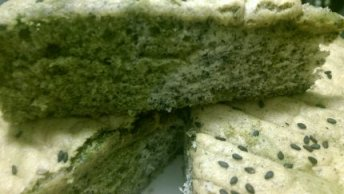 Green Tea and Black Sesame Marble Cake