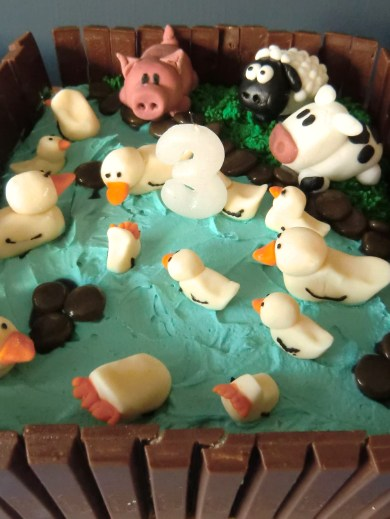 Novelty 'Duck Pond' and Farm Animals Cake